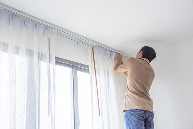 curtain hanging services in Dubai