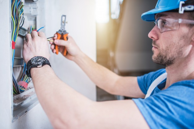 electric short fixing services dubai