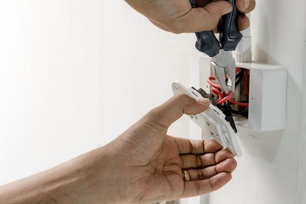 handyman socket installation